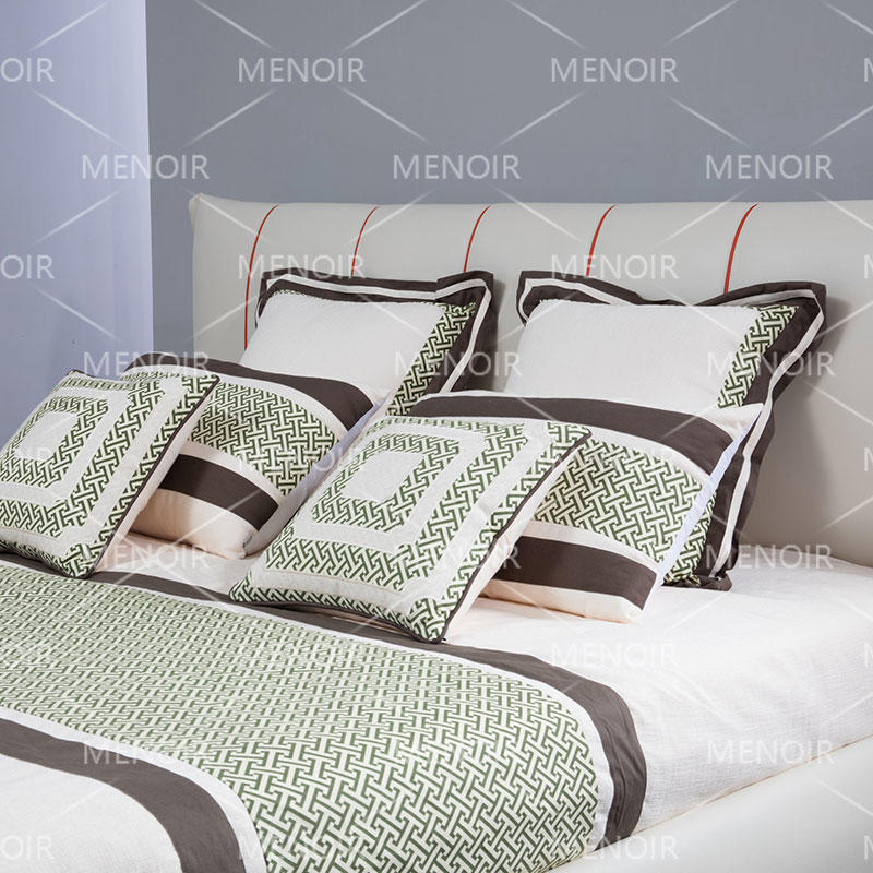 Menoir leather bed with modern design AMF-C09