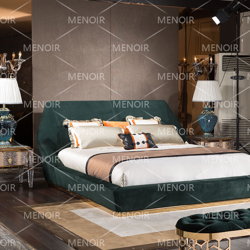 Menoir Array image250